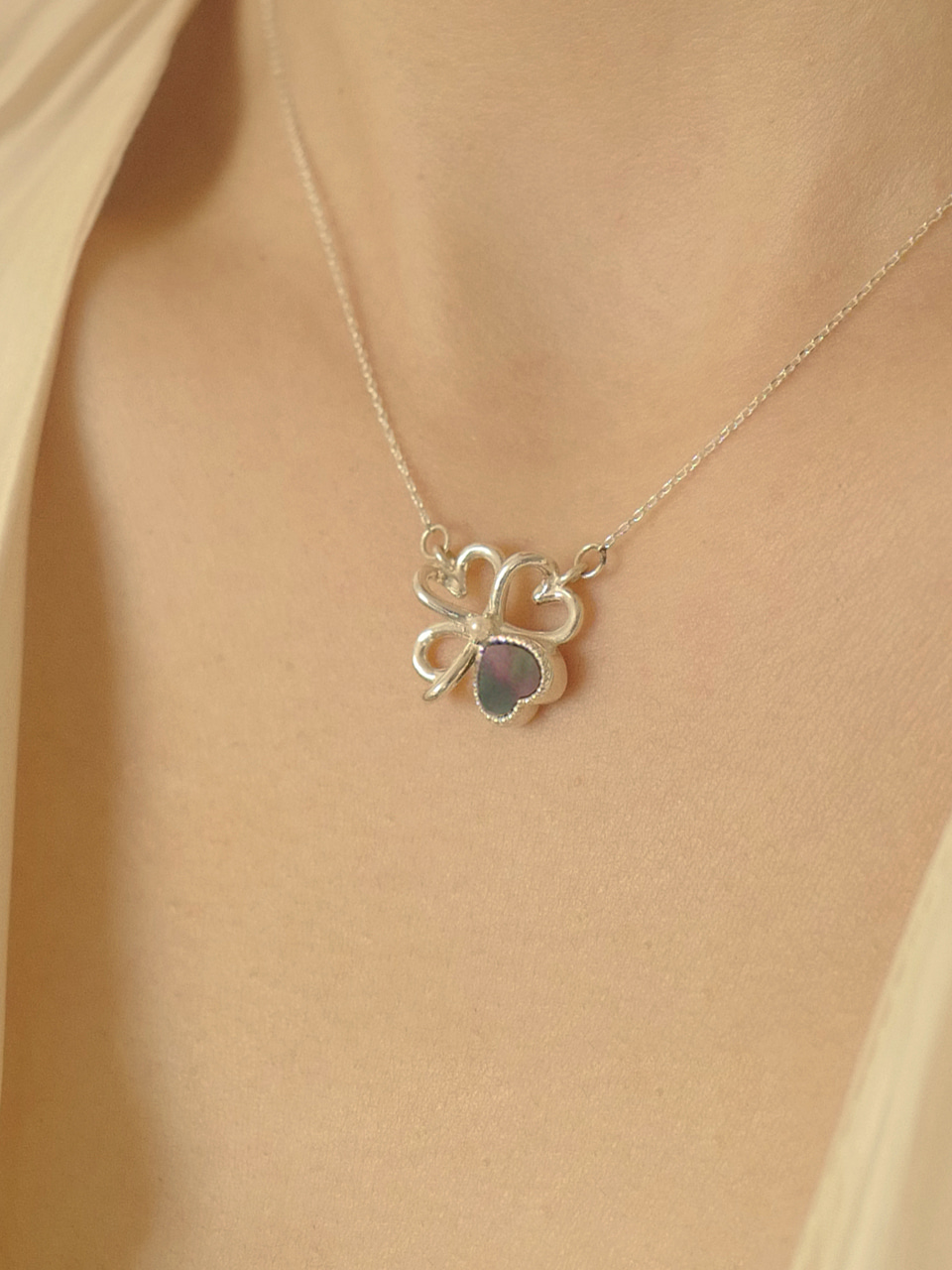 Heart Clover Necklace Silver