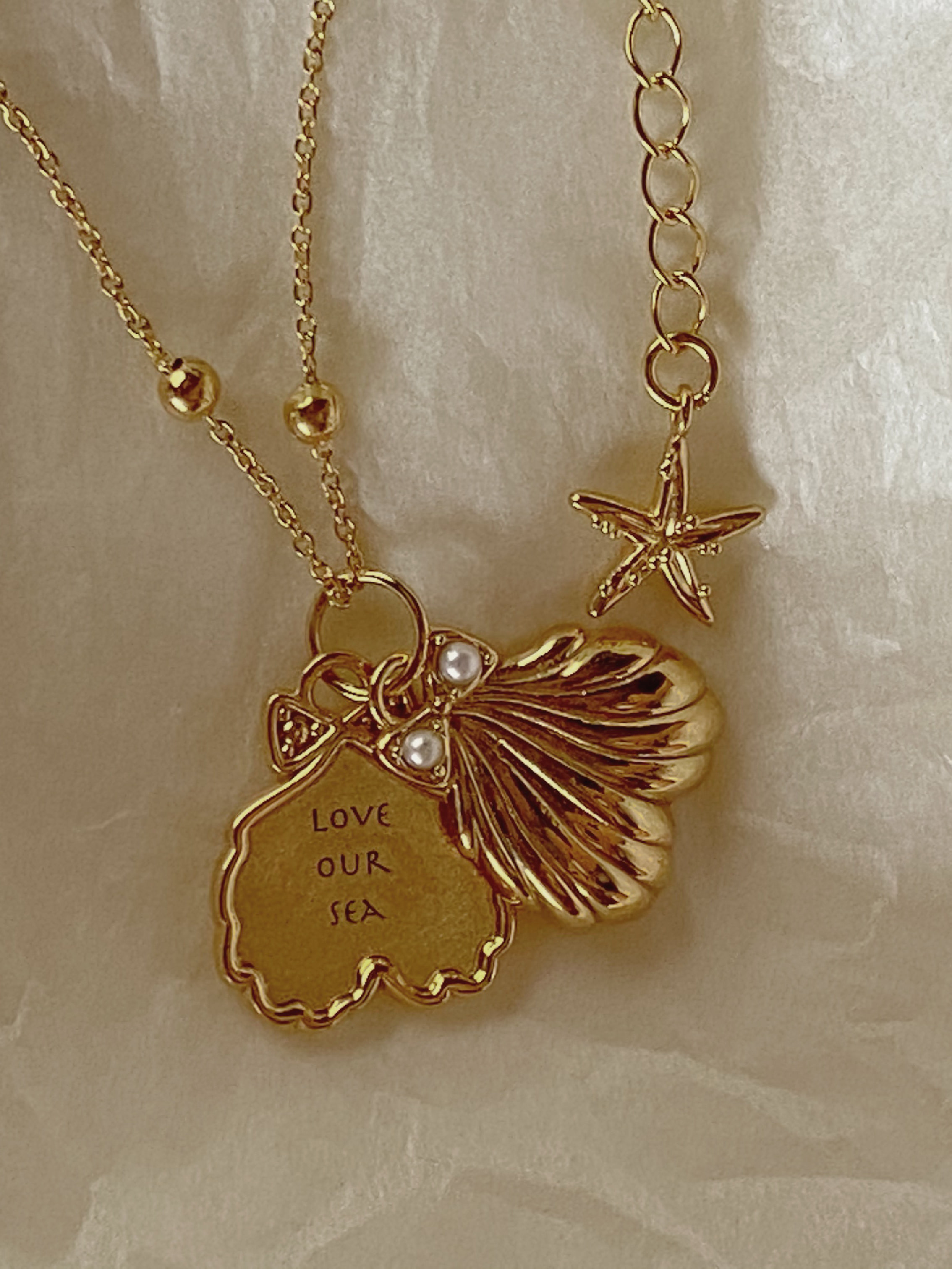 Shell Necklace M (Gold)